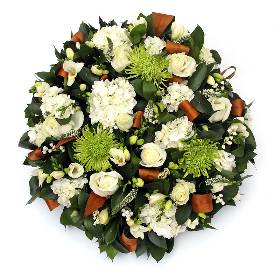 White and Green Posy Pad